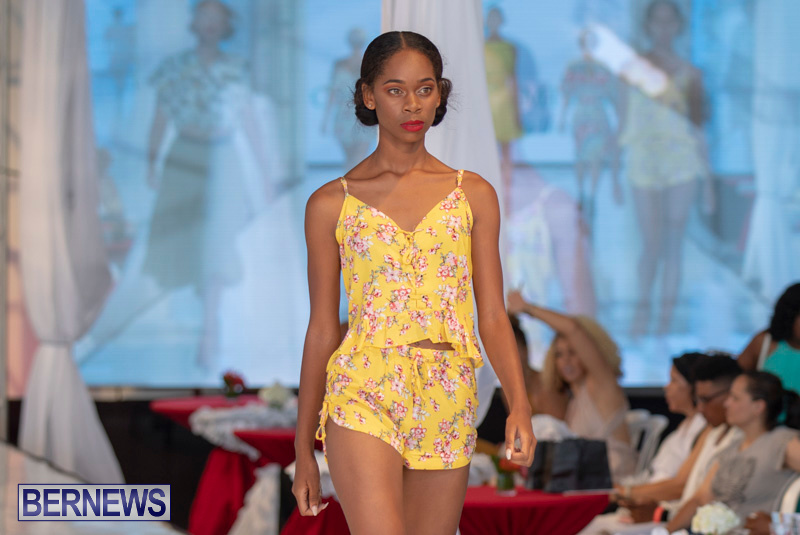 Bermuda-Fashion-Festival-Evolution-Retail-Show-July-8-2018-4320