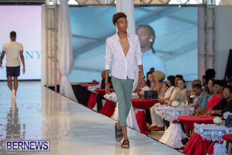 Bermuda-Fashion-Festival-Evolution-Retail-Show-July-8-2018-4390