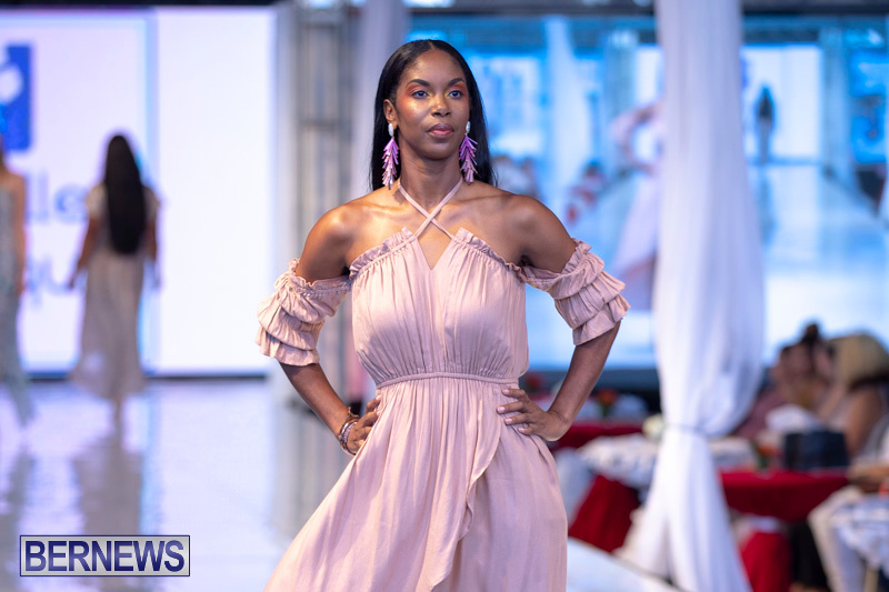 Bermuda-Fashion-Festival-Evolution-Retail-Show-July-8-2018-5023