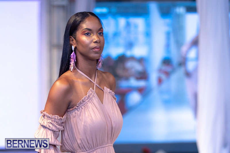 Bermuda-Fashion-Festival-Evolution-Retail-Show-July-8-2018-5028