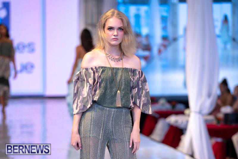 Bermuda-Fashion-Festival-Evolution-Retail-Show-July-8-2018-5088