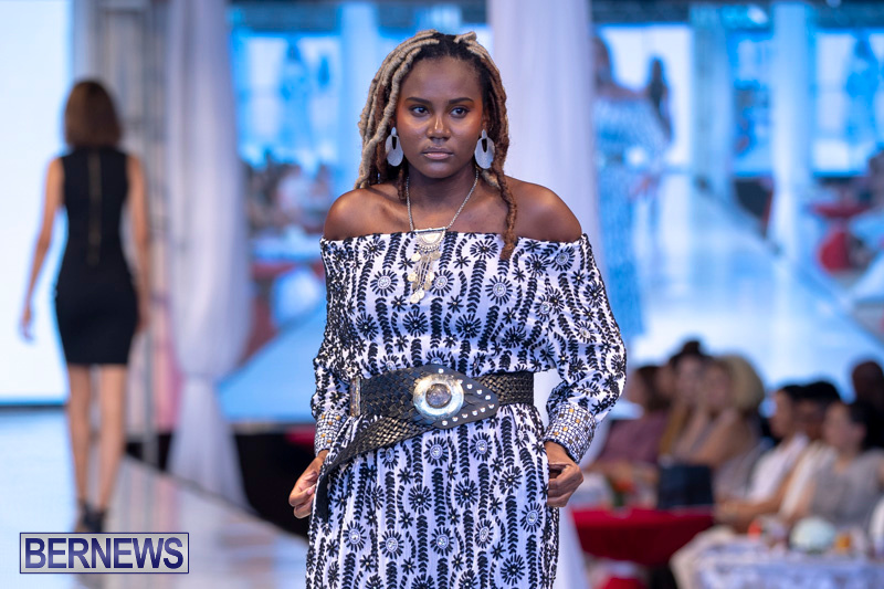 Bermuda-Fashion-Festival-Evolution-Retail-Show-July-8-2018-5212
