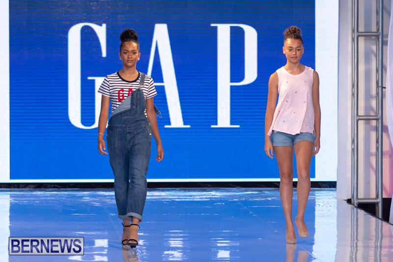 Bermuda-Fashion-Festival-Evolution-Retail-Show-July-8-2018-5253