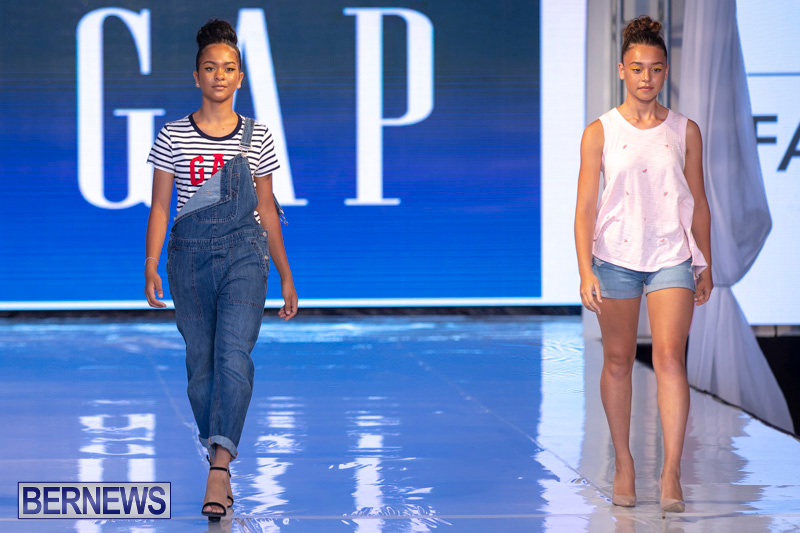 Bermuda-Fashion-Festival-Evolution-Retail-Show-July-8-2018-5257