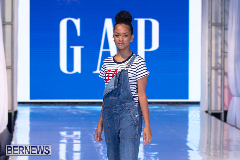 Bermuda-Fashion-Festival-Evolution-Retail-Show-July-8-2018-5264