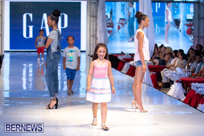 Bermuda-Fashion-Festival-Evolution-Retail-Show-July-8-2018-5268