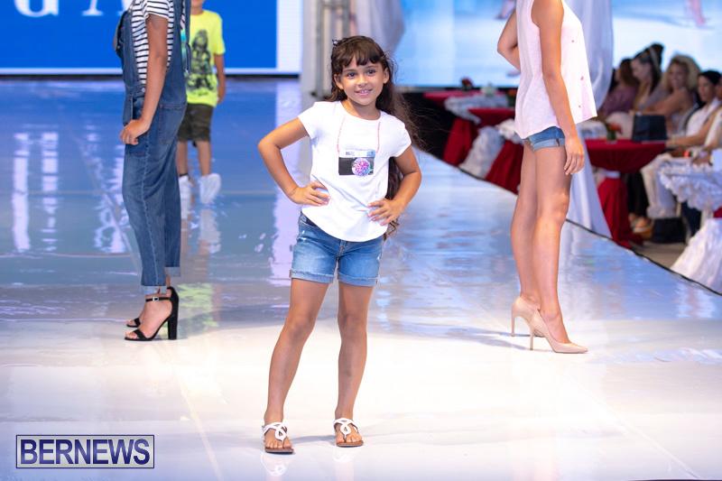 Bermuda-Fashion-Festival-Evolution-Retail-Show-July-8-2018-5287