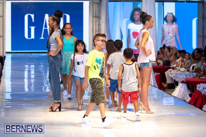 Bermuda-Fashion-Festival-Evolution-Retail-Show-July-8-2018-5373