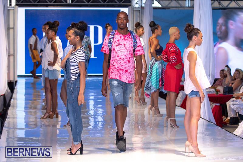 Bermuda-Fashion-Festival-Evolution-Retail-Show-July-8-2018-5439