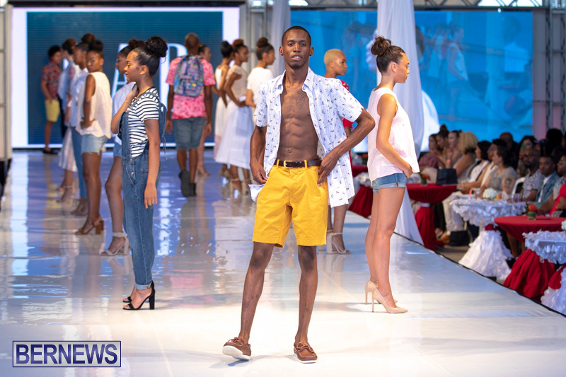 Bermuda-Fashion-Festival-Evolution-Retail-Show-July-8-2018-5450