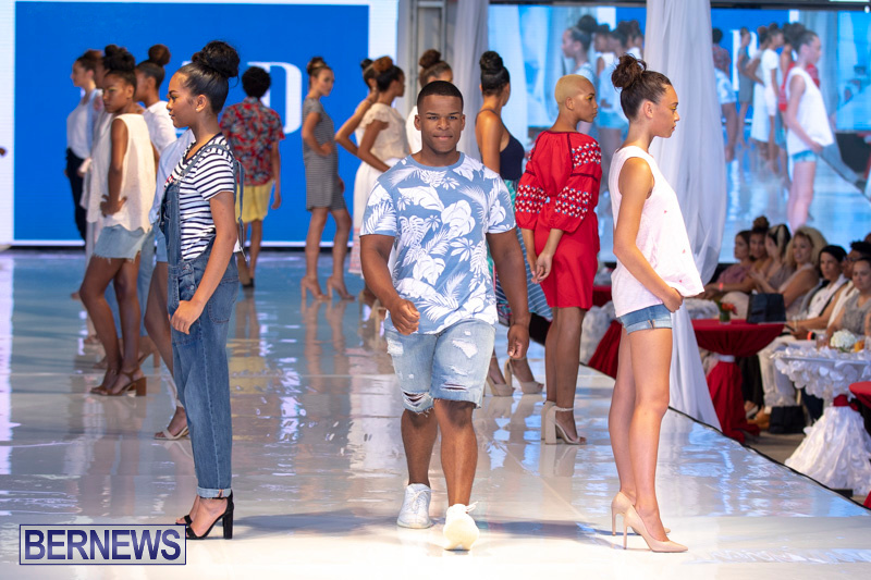 Bermuda-Fashion-Festival-Evolution-Retail-Show-July-8-2018-5473