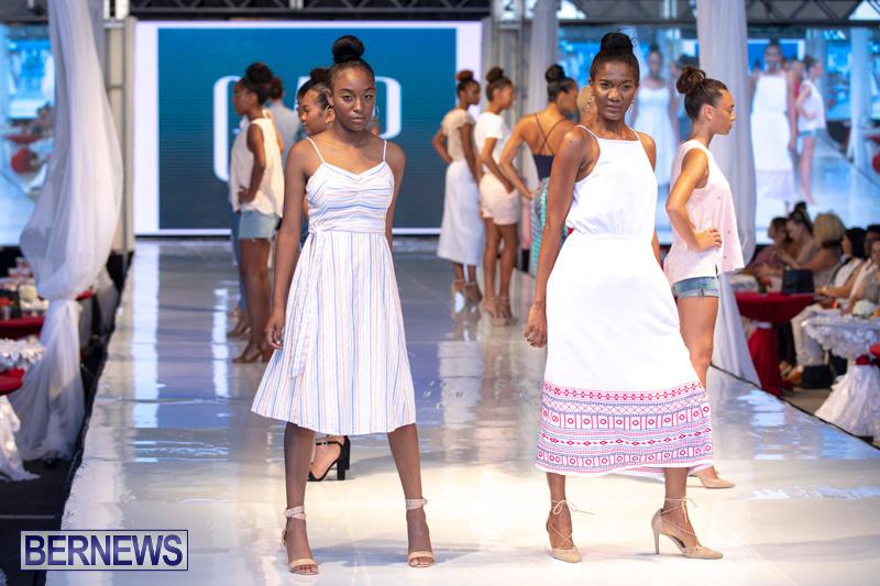 Bermuda-Fashion-Festival-Evolution-Retail-Show-July-8-2018-5532
