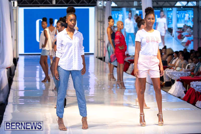 Bermuda-Fashion-Festival-Evolution-Retail-Show-July-8-2018-5552