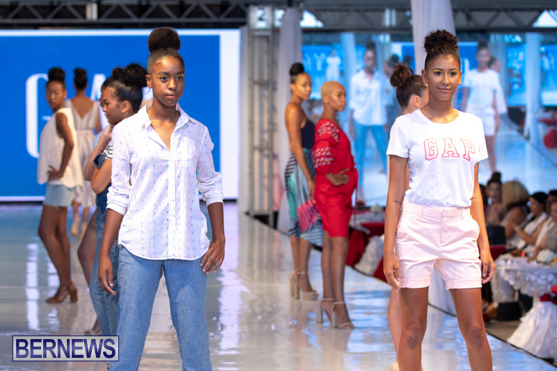 Bermuda-Fashion-Festival-Evolution-Retail-Show-July-8-2018-5553
