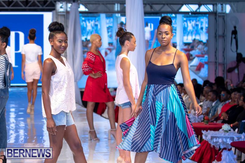 Bermuda-Fashion-Festival-Evolution-Retail-Show-July-8-2018-5563