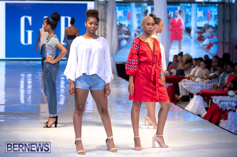 Bermuda-Fashion-Festival-Evolution-Retail-Show-July-8-2018-5571