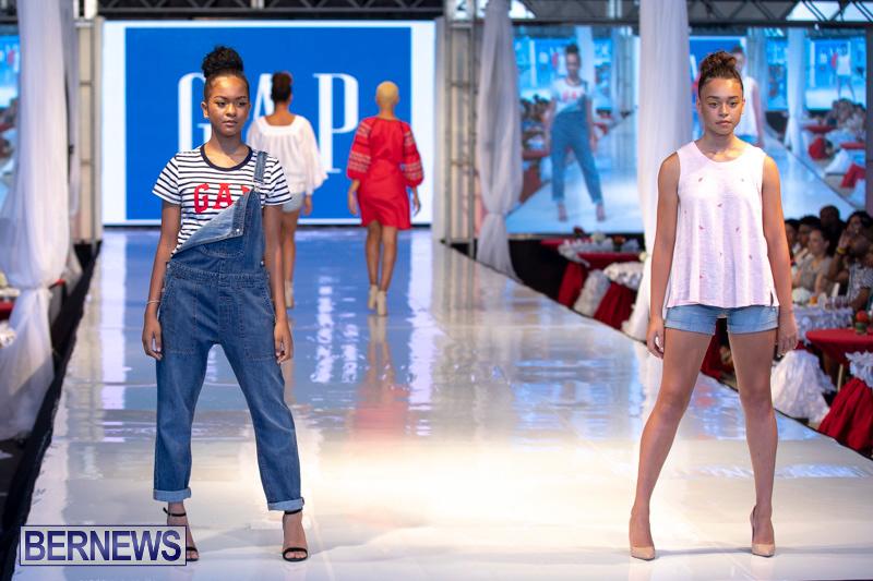 Bermuda-Fashion-Festival-Evolution-Retail-Show-July-8-2018-5580