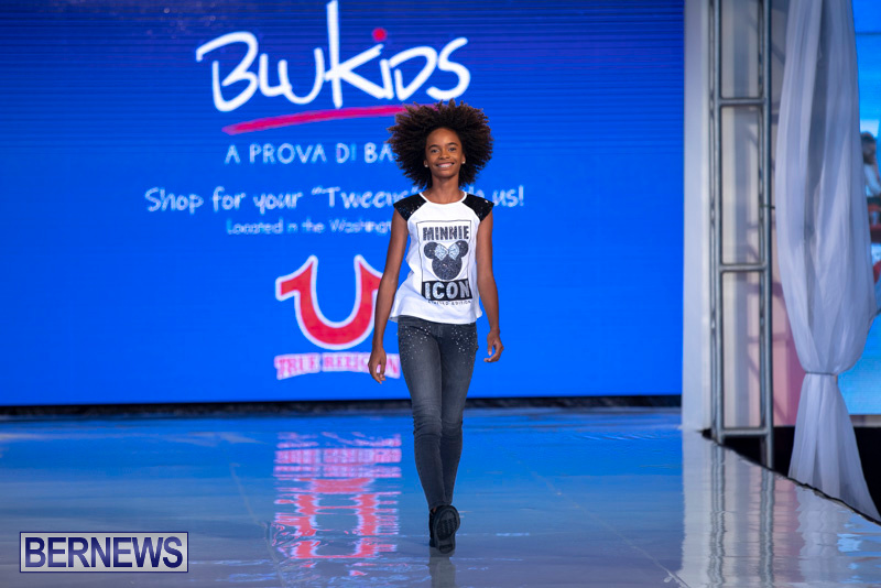 Bermuda-Fashion-Festival-Evolution-Retail-Show-July-8-2018-5633