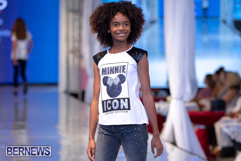 Bermuda-Fashion-Festival-Evolution-Retail-Show-July-8-2018-5650