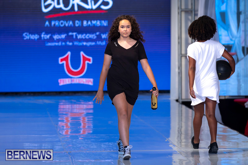 Bermuda-Fashion-Festival-Evolution-Retail-Show-July-8-2018-5677