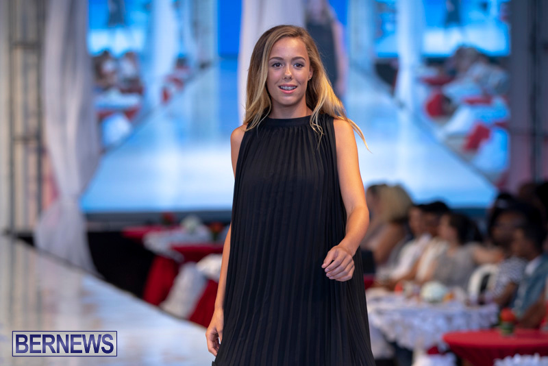 Bermuda-Fashion-Festival-Evolution-Retail-Show-July-8-2018-5718