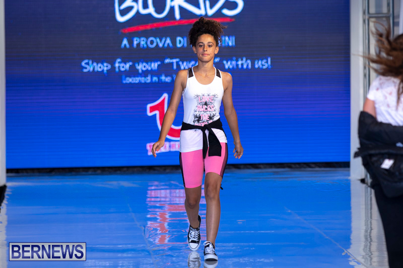 Bermuda-Fashion-Festival-Evolution-Retail-Show-July-8-2018-5783