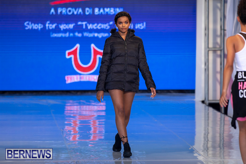 Bermuda-Fashion-Festival-Evolution-Retail-Show-July-8-2018-5808