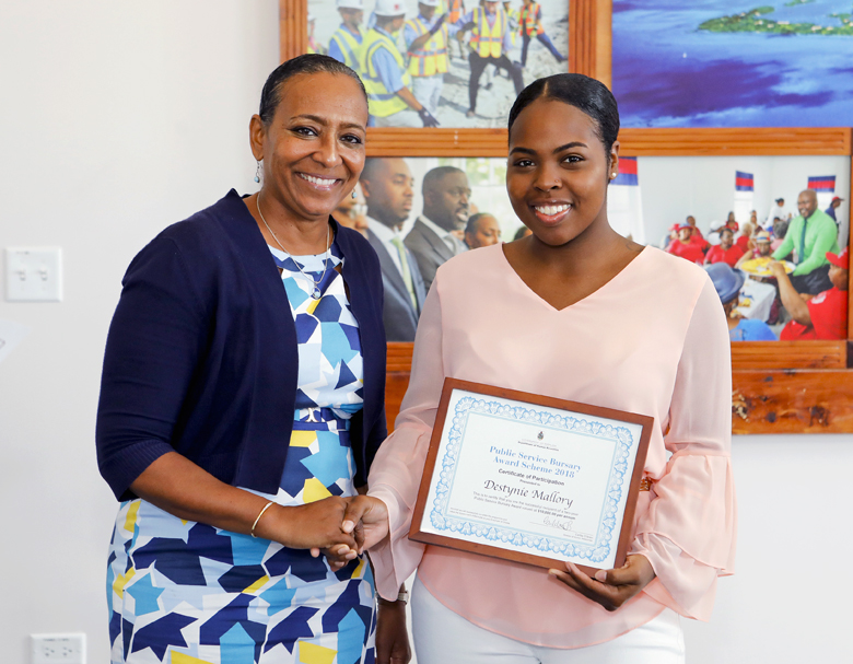 Bursary Award Presentation Bermuda July 2018 (1)