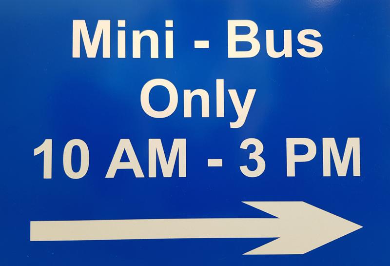 Minibus Parking Bermuda July 26 2018
