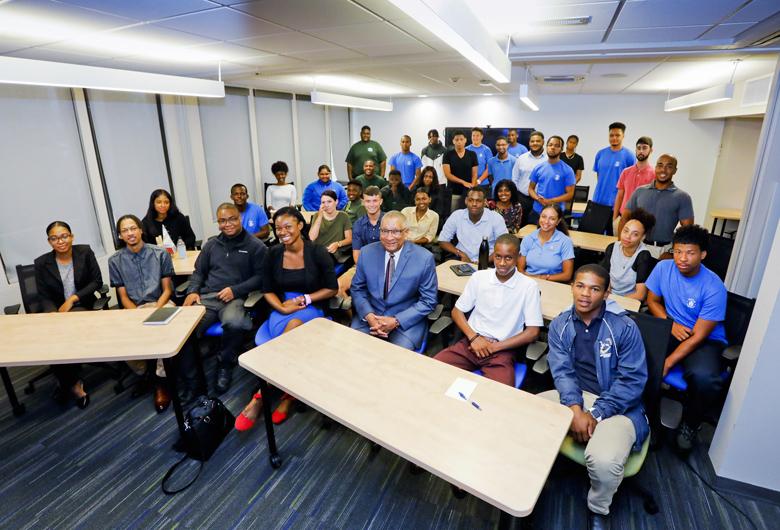 Summer Interns Bermuda July 2018 (2)