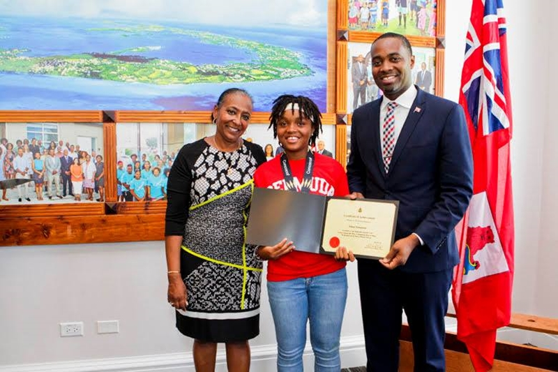 Bermuda Girls U-15 National Football Team certifications (17)
