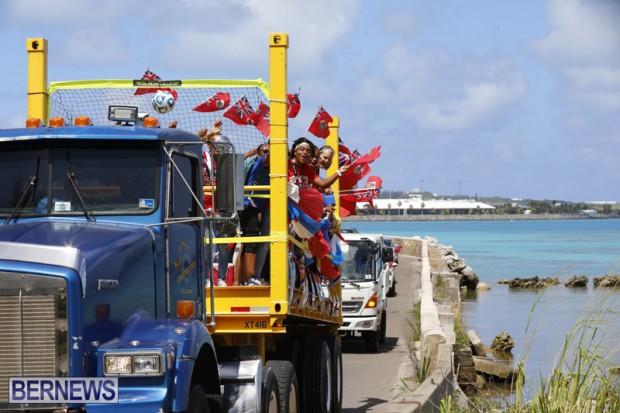 Bermuda U15 football team motorcade August 14 2018 (4)