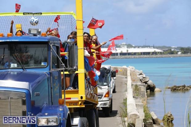 Bermuda U15 football team motorcade August 14 2018 (6)