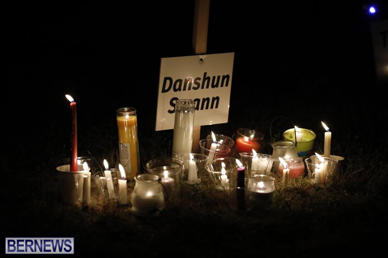 Candlelight Vigil Southampton Bermuda August 30 2018 (1)