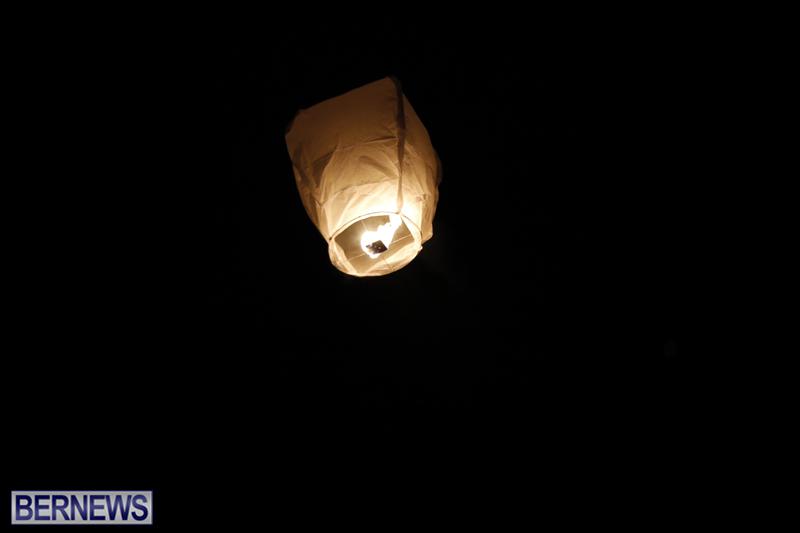 Candlelight Vigil Southampton Bermuda August 30 2018 (10)