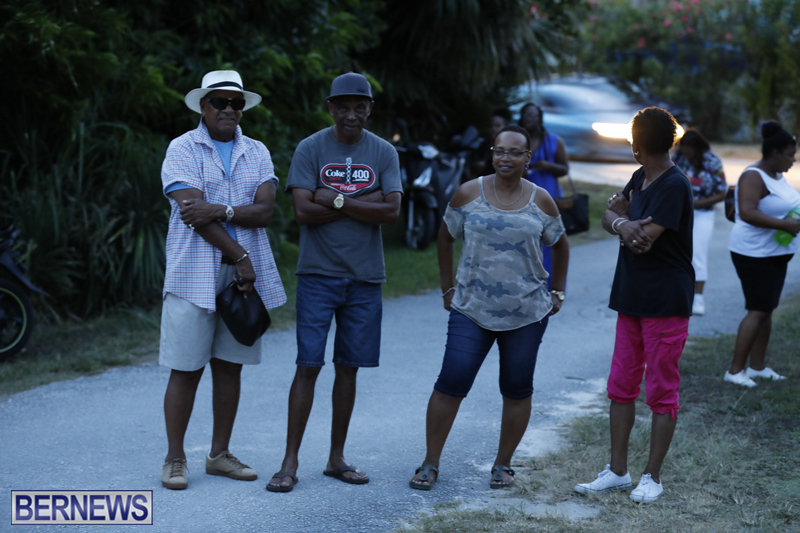 Candlelight Vigil Southampton Bermuda August 30 2018 (14)