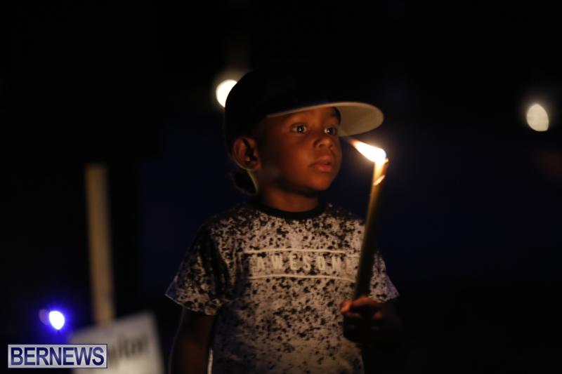 Candlelight Vigil Southampton Bermuda August 30 2018 (17)