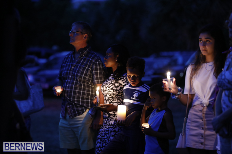 Candlelight Vigil Southampton Bermuda August 30 2018 (21)