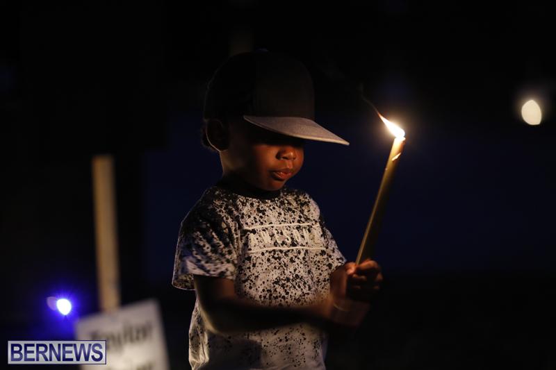 Candlelight Vigil Southampton Bermuda August 30 2018 (28)