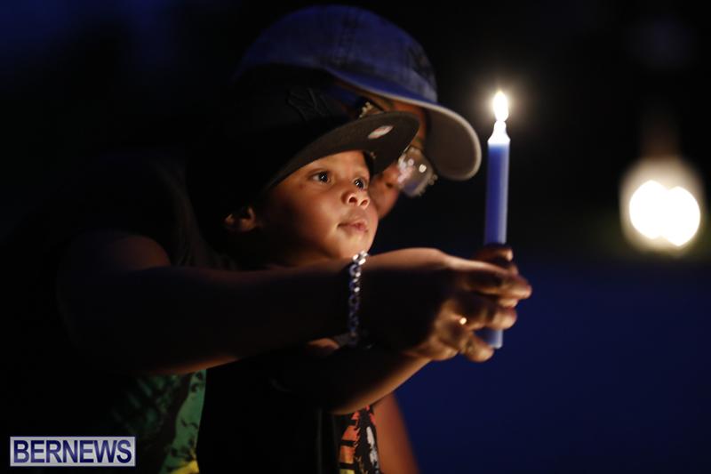 Candlelight Vigil Southampton Bermuda August 30 2018 (29)
