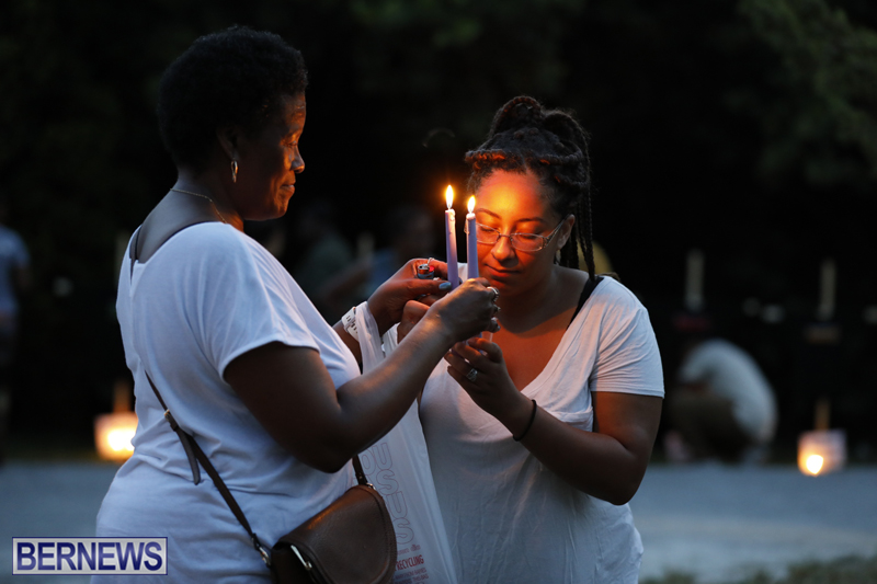 Candlelight Vigil Southampton Bermuda August 30 2018 (30)