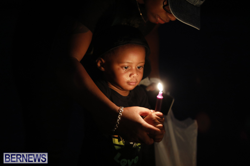 Candlelight Vigil Southampton Bermuda August 30 2018 (33)