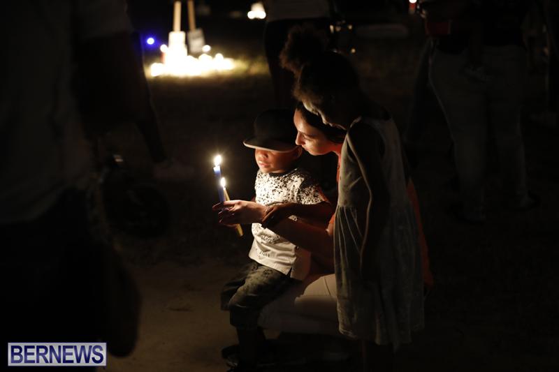 Candlelight Vigil Southampton Bermuda August 30 2018 (5)