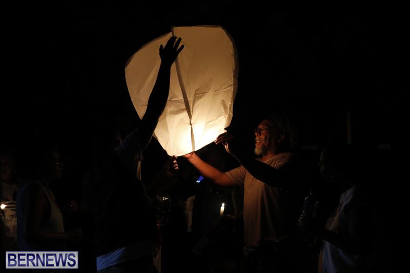 Candlelight Vigil Southampton Bermuda August 30 2018 (9)