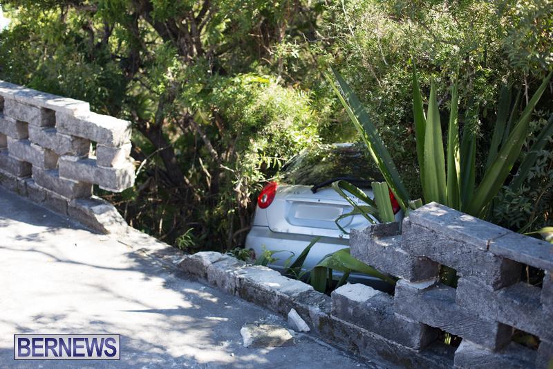 Car Wall Collision Riviera Estate Bermuda, August 25 2018 (4)