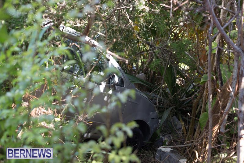 Car Wall Collision Riviera Estate Bermuda, August 25 2018 (5)