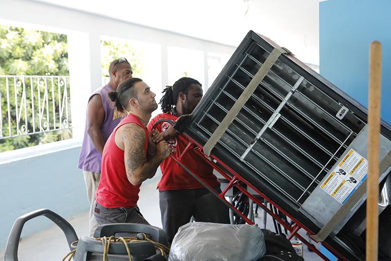 Minister Rabain And Burch Bermuda August 22 2018 (3)