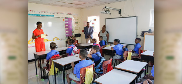 Opening Day of School Bermuda Sept 10 2018 (5)
