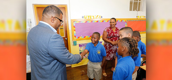 Opening Day of School Bermuda Sept 10 2018 (7)