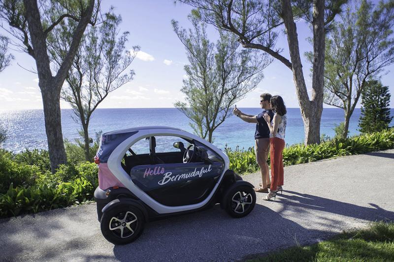 Twizy Mini-Car Bermuda September 2018